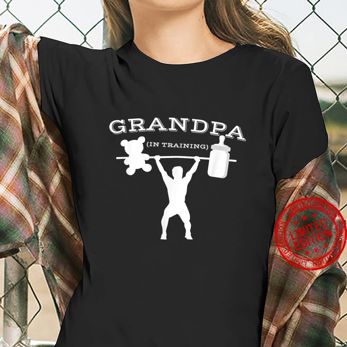 Mens New Grandpa Proud Expecting First Time Grandpa Shirt ladies tee