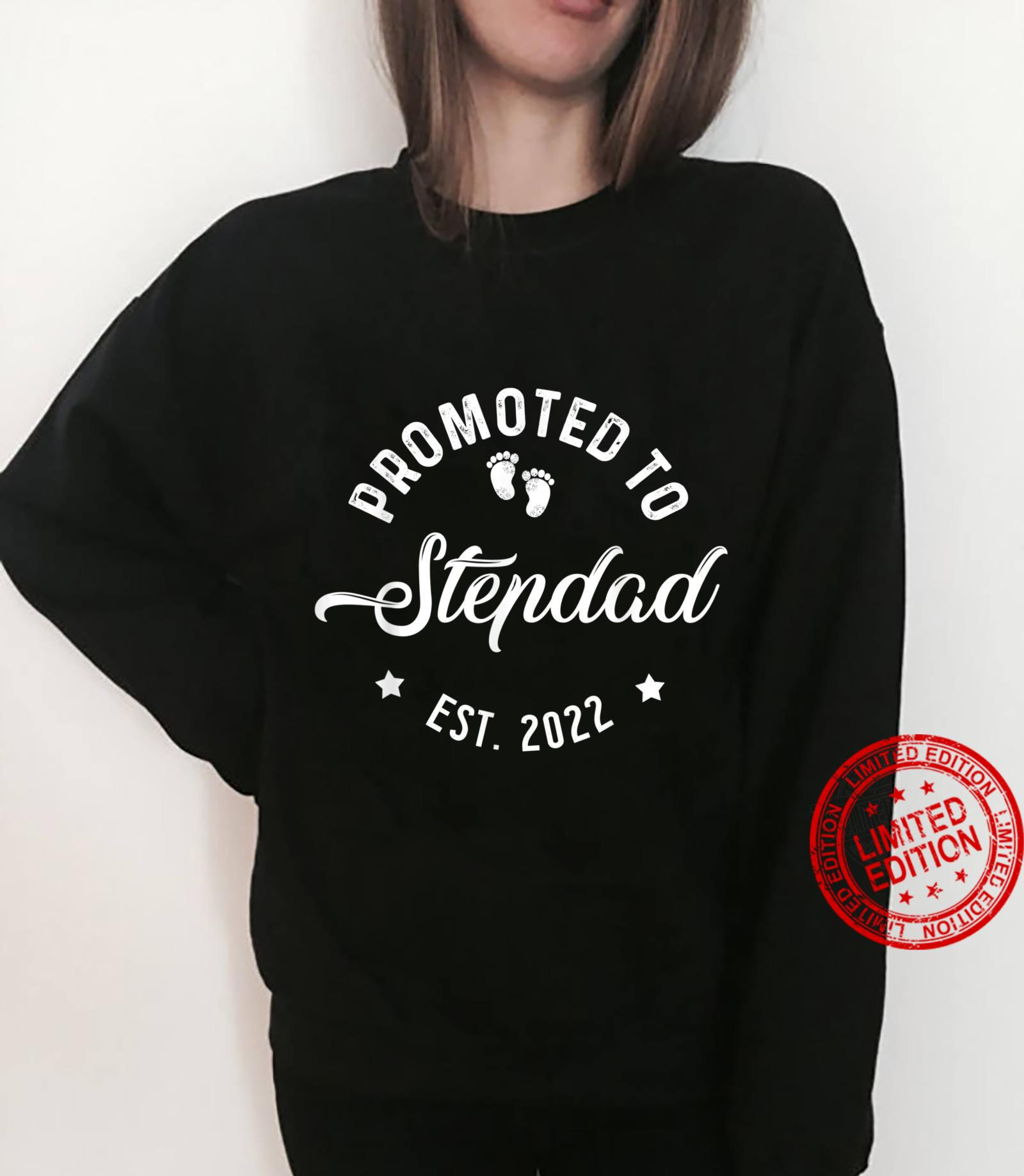 Promoted To Stepdad 2022 Fathers Day For New Dad Daddy Papa Shirt sweater