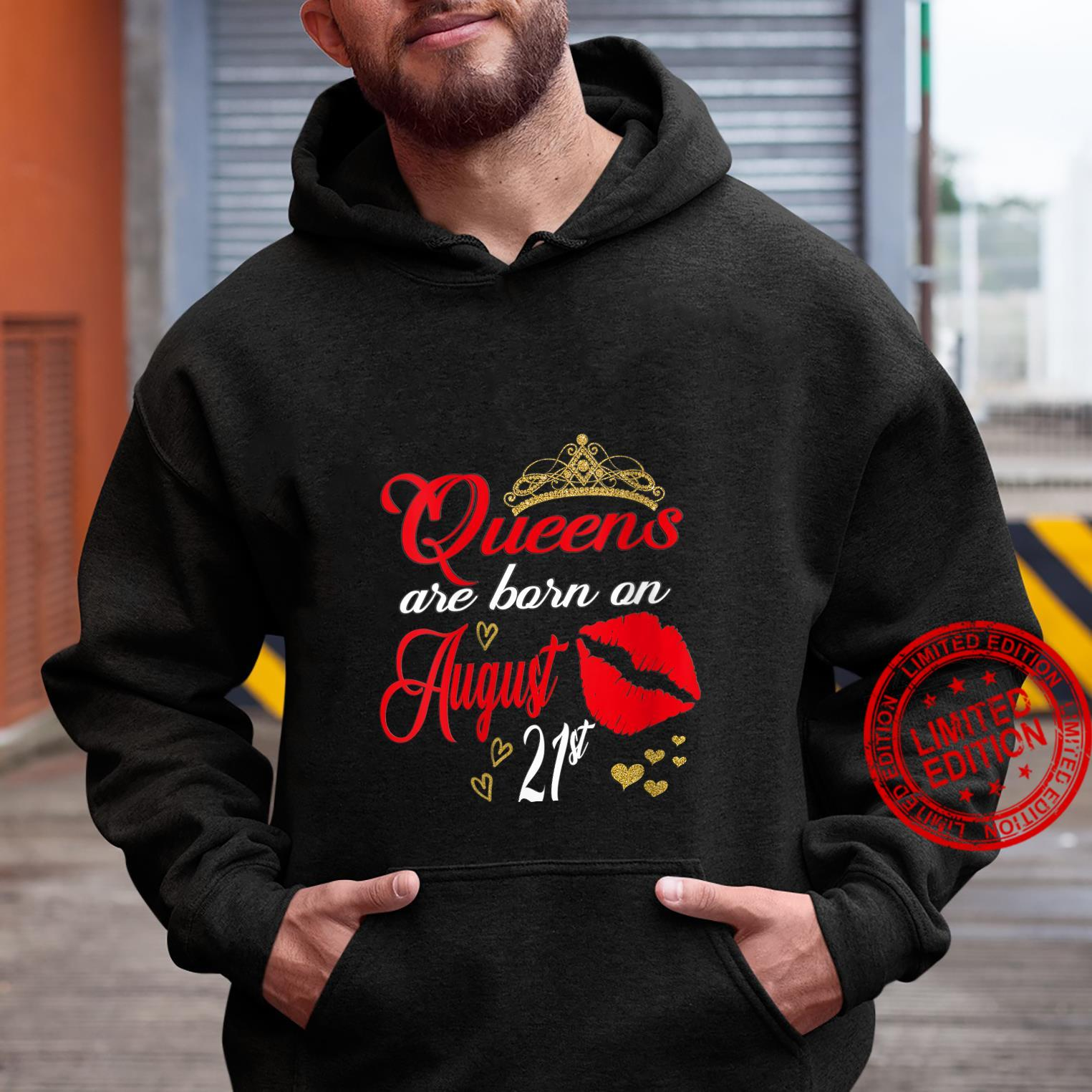Womens Lip Print Queens are Born on August 21st Leo Birthday Girl Shirt hoodie