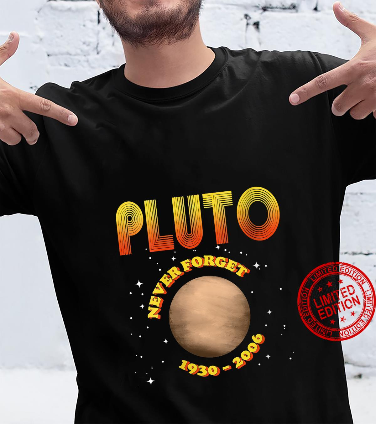 Womens Pluto Never Forget 19302006 Vintage Planet Space Shirt